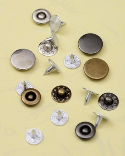 Rivets-for-Clothes